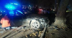 "В Симферополе на ""зебре"" сбили пешехода, а водитель иномарки разбила 3 машины, - ФОТО, ВИДЕО"