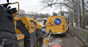 Межсезонное восстановление симферопольских дорог