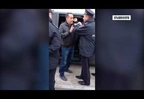 Директор дорожной компании в Крыму на несколько часов заблокировал центральную улицу в Оленевке