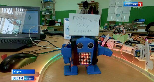 Уникальных роботов изобрели школьники из Керчи