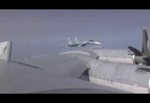 Два ракетоносца совместно с Су-27 планово проверили акваторию Черного моря