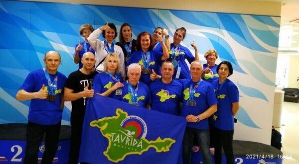 Спортсмены-ветераны клуба «Таврида Мастерс» на Фестивале плавания на открытой воде Swimcup | TYR Crimea Swim Festival-2021