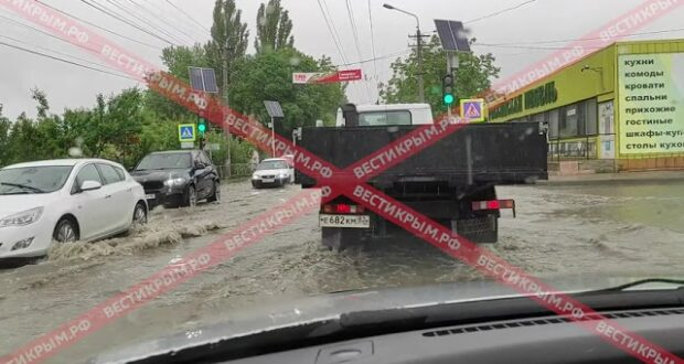 Симферополь снова начало затапливать после дождя