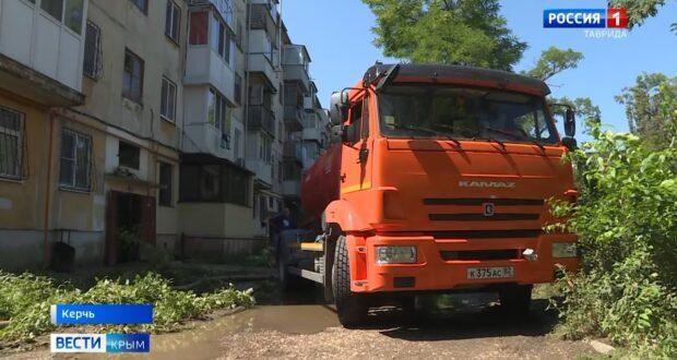 Нечистотами затопило 19 домов в Керчи