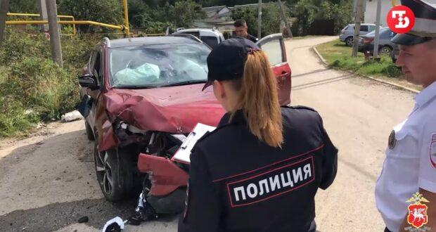 Полиция гналась за пьяным крымчанином, угнавшим автомобиль у матери