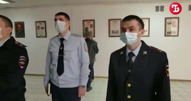 Крымские полицейские признались в любви к питомцам