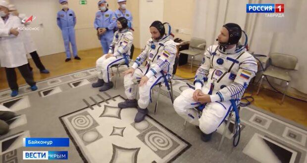 Севастополец возглавил первый киноэкипаж в космосе