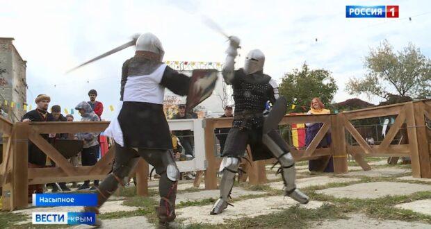 Рыцарские бои провели под Феодосией